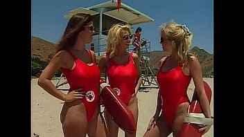 Imagen Beach Watchers Porn Parodie