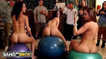 Imagen College-Party, die in einer Orgie endet