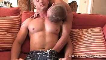 Imagen Zwei bullige Männer ficken sich gegenseitig
