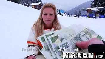 Imagen Die tschechische Nathaly Heaven willigt ein, gegen Geld zu ficken